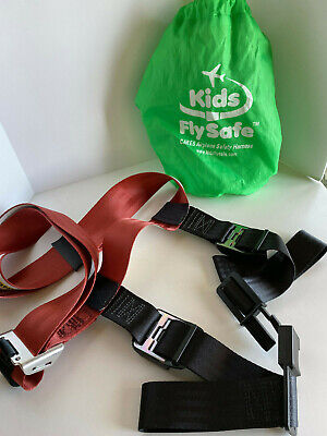 Kids Fly Safe Airplane Safety Harness With Green Carrying Bag