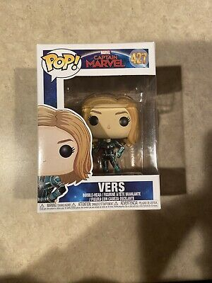 Funko Pop! Marvel VERS Captain Marvel Figure #427