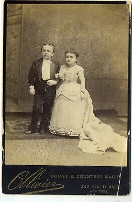 Midget Cab Card- Countess Magri with Husband- Mrs. Tom Thumb- Ollivier, NY