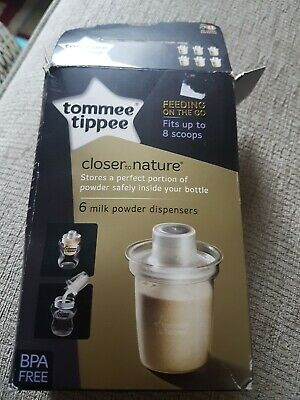 Tommee Tippee Closer to Nature Milk Powder Dispensers 5 pack. 1 missing. Used.