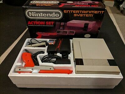NES Nintendo Entertainment System Action Set - Complete with Box