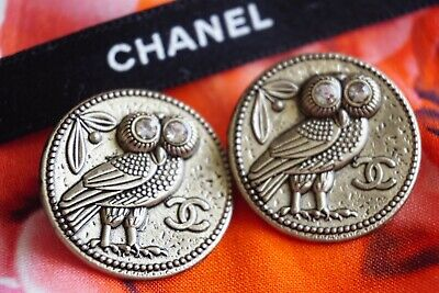 CHANEL BUTTONS SET OF 2 CC LOGO 22 mm GOLD TONED METAL OWL with CRYSTALS EYES