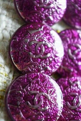 💔❤💗 CHANEL BUTTONS size 23 mm 1 inch  Lot of 2 LOGO CC PURPLE