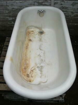 Vintage 5' Cast Iron Claw Foot Porcelain Bath Tub
