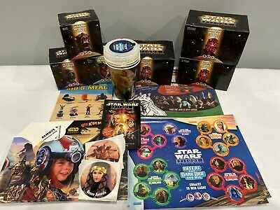 Lot of Star Wars Episode 1 KFC, Pizza Hut, Taco Bell kids meal toys, placemats