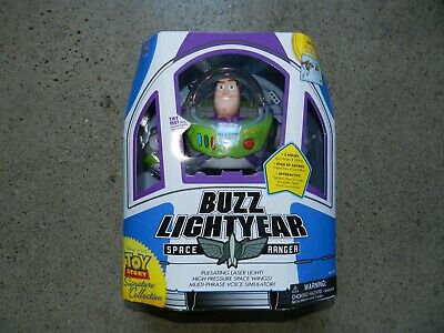 Disney Pixar Toy Story Signature Collection BUZZ LIGHTYEAR