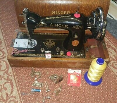 Antique Old Vintage  Singer sewing machine Model Y957222 With accessories