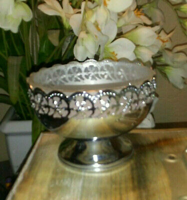 English Silverplate Sweetmeat Candy Dish Glass Liner Celtic Quality Plate