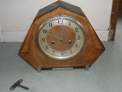 Lovely Vintage Art Deco Enfield Striking Mantel Clock With Key