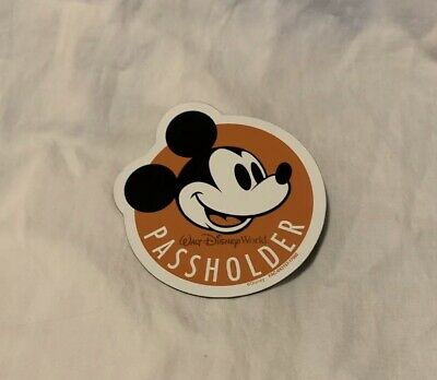 New Authentic Walt Disney World Annual Passholder Magicband Slider and Magnet