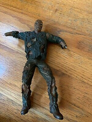 """2005 Jason Voorhees NECA Cult Classics Friday The 13th VII 7"""" Action Figure"""