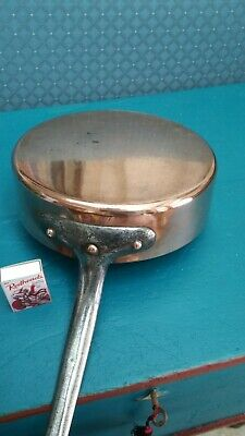 19th Century antique copper small frying pan with iron handle