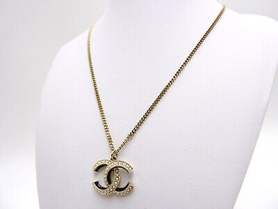 Auth CHANEL CC Logo White Faux Pearl Pendant Necklace GP Gold A19S AB0659 V-0509