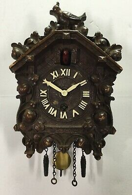 Lux Animated Bobbing Bird Cuckoo Style Clock With Stand