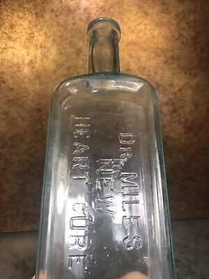 DR. MILES NEW HEART CURE Embossed Cure Bottle Full Size Early Applied Lip