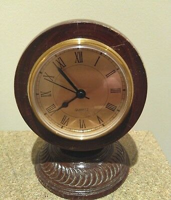 Vintage Collectors Quirky Bowls Ball clock In Good Working Order Very Unusual