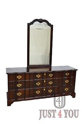 Henredon Solid Mahogany Chippendale Dresser w. Mirror
