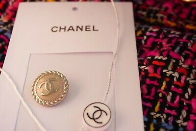 💗CHANEL BUTTON  SIZE 0,8  INCH  18  MM Logo CC 1 pieces