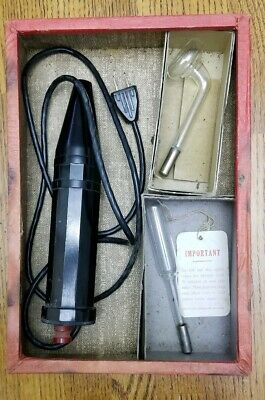 Vintage Violet Ray Quack Medical Device w/ 2 Glass Bulbs Master Electric Chicago