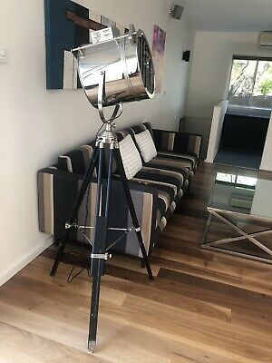 Feature Floor Tripod Lamp Display Home Furniture