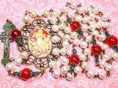 CHRISTMAS ROSARY Beautiful Cream Pearl Candy Cane Red Jade Cameo Clock Rosary