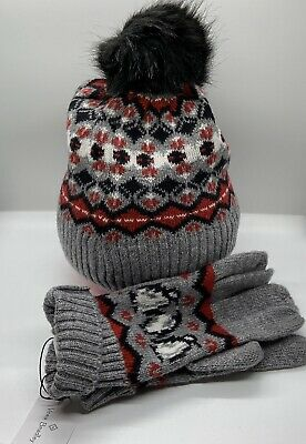 Vera Bradley Beanie And Tech Gloves - Red Playful Penguins