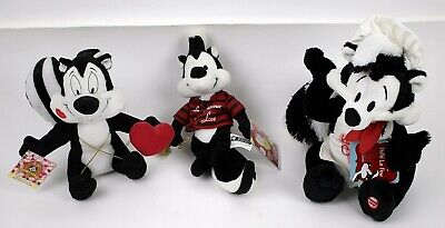 2 Vintage PEPE LE PEW Plush Figures & 1 Bean Bag Figure New With Tags