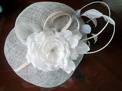 Beautiful JACQUES VERT pale blue/white fascinator on headband *wedding/races*