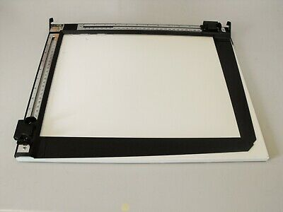 """LPL  504A 11""""x 14"""" easel in very good condition"""