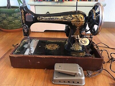Antique Collectible Singer Sewing Machine w Pedal 1901 Sphinx 27 Works *Tested*