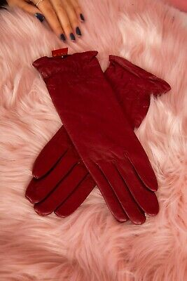 Vintage style dark raspberry red mid forearm length soft leather gloves.Size 7.5
