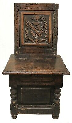 17th - Ea. 18th Century Carved Oak Box Seat with English Family Crest
