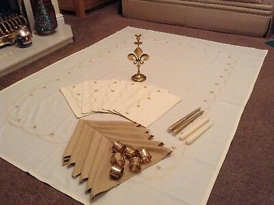 Christmas Dining Table complete set Tablecloth Placemats Napkins candles WOW