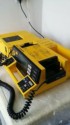 HP Codemaster 100 Defib / ECG monitor with Battery Loader in Good working