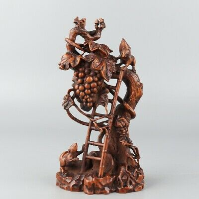 Chinese Exquisite Hand carved pomegranate Carving Boxwood statue