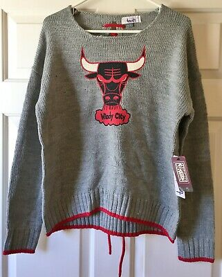 TOUCH by Alyssa Milano NBA All Laced Up Sweater Heather Gray Chicago Bulls LG