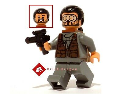 Lego Star Wars Rogue One Bodhi Rook minifigure from set 75156