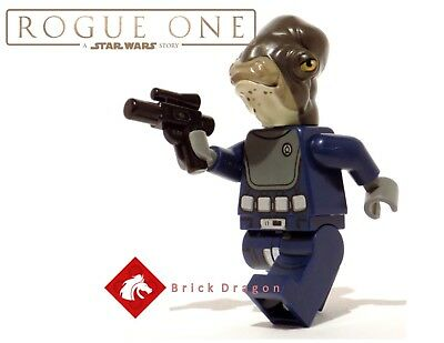 Lego Star Wars Rogue One Admiral Raddus minifigure from set 75172