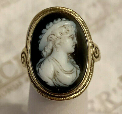 Art Deco 14k yellow gold Oval Black & White Cameo Ring, size 6.25