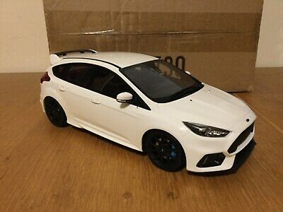 Ford Focus RS MK3 1:18 Otto 730