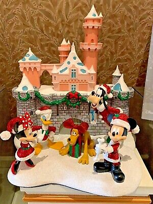 Disney Parks Christmas Mickey Mouse & Friends Disneyland Castle Resin Figure New