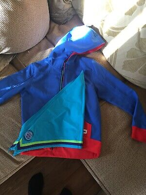 "Girls Guides uniform hooded jacket  Size 28"" or 71cm chest"