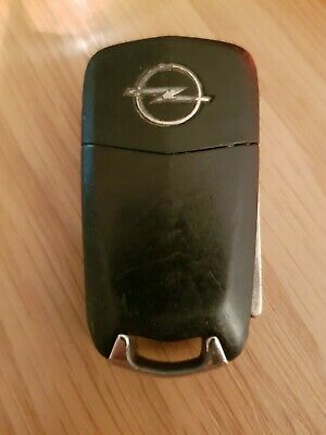 Used Opel 2 Button Remote Key Fob In Working Order Ref 417