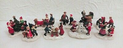 9 Vintage Noma Christmas Country Village Figures (Town Scenery)