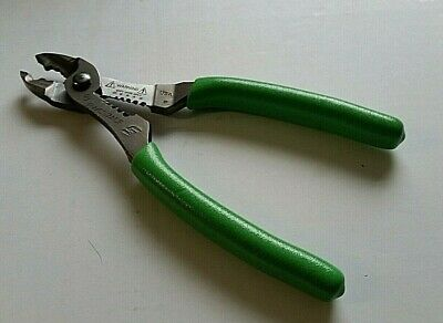 """Snap on Wire Stripper/Crimper/Cutter, 7""""  PWCS7ACF GREEN"""