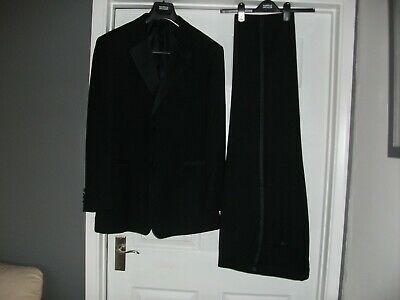 "Taylor&Wright (Matalan) Men's black Tuxedo  Chest 48"" See detail & measurements."