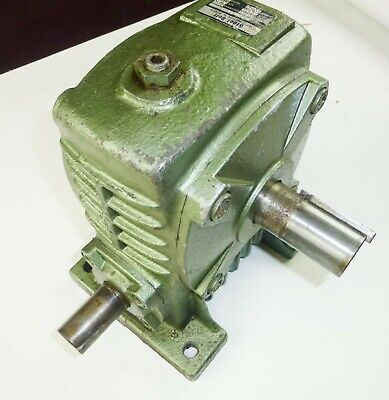 "Worm Gearbox Ratio 50:1 Speed Reducer 1.4 HP 1800 RPM Cast Iron 1-1/8"" x 1 3/8"""