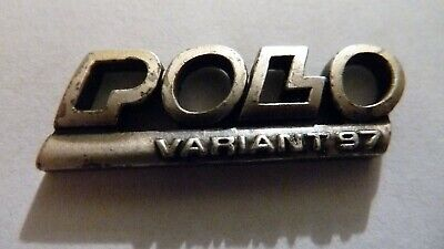 Pin's Voiture  Vw   Polo     / Variant  97   /    Superbe