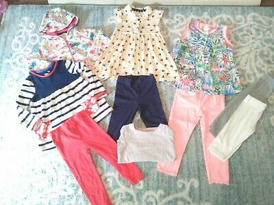 Girls Bundle Aged 18 to 24 Years, All In Great Condition.