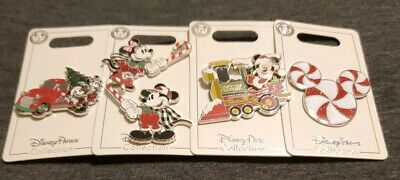 Disney Parks 2019 Christmas 5 Pin Mickey & Minnie Holiday Set